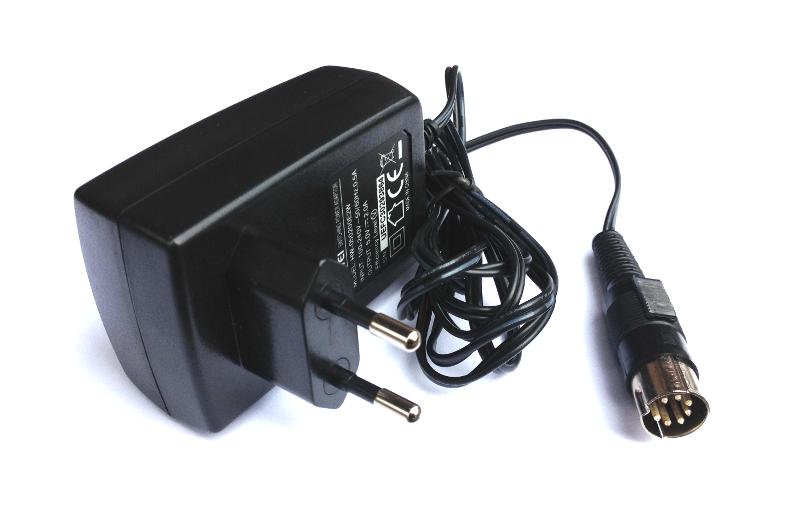 Купить Импульсный блок питания Atari XL/XE 5V 2A бланк на Otpravka - цены и фото - доставка из Польши и стран Европы в Украину.