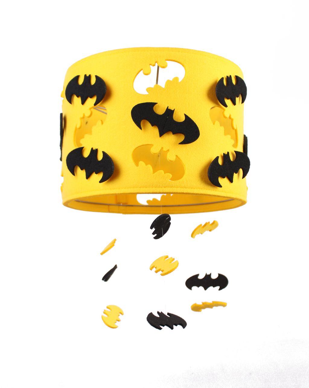 Светильник из фетра желтого цвета BATMAN с черными батманами