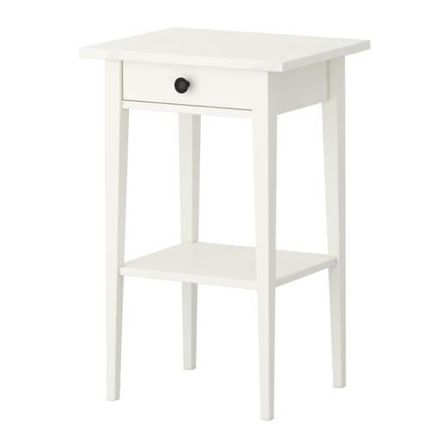 Nočný stolík IKEA so zásuvkou Retro HEMNES