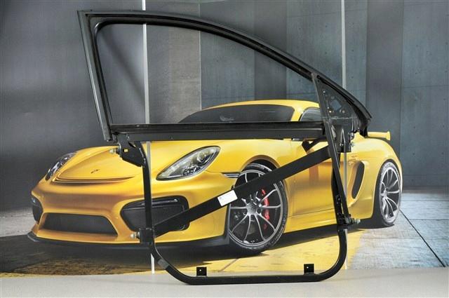 Porsche Cayenne 955 Rama drzwi przednich, R