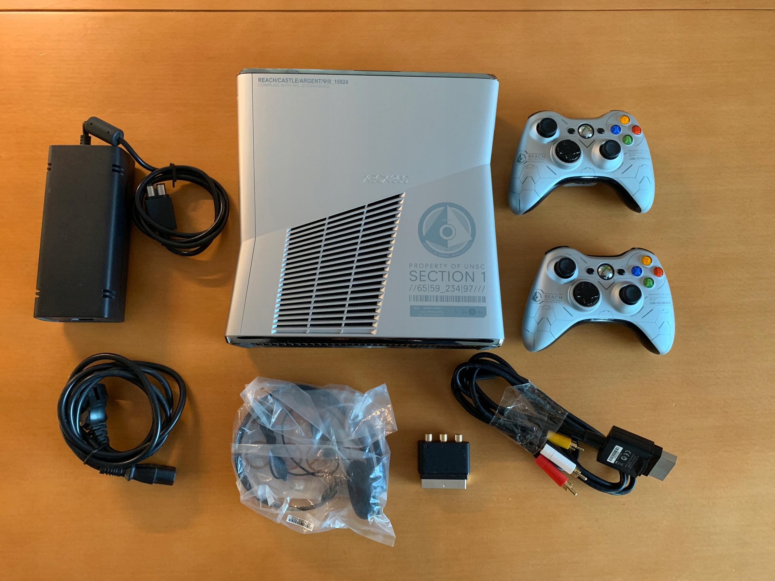 Xbox 360 Halo Edition 250 GB+ 2 pady + 8 gier=BCM