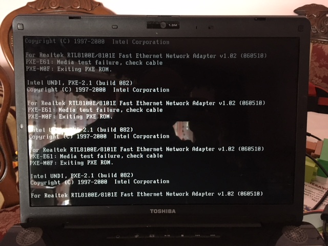 Laptop Toshiba Satellite A200-1ZB 3GB Uszkodzony