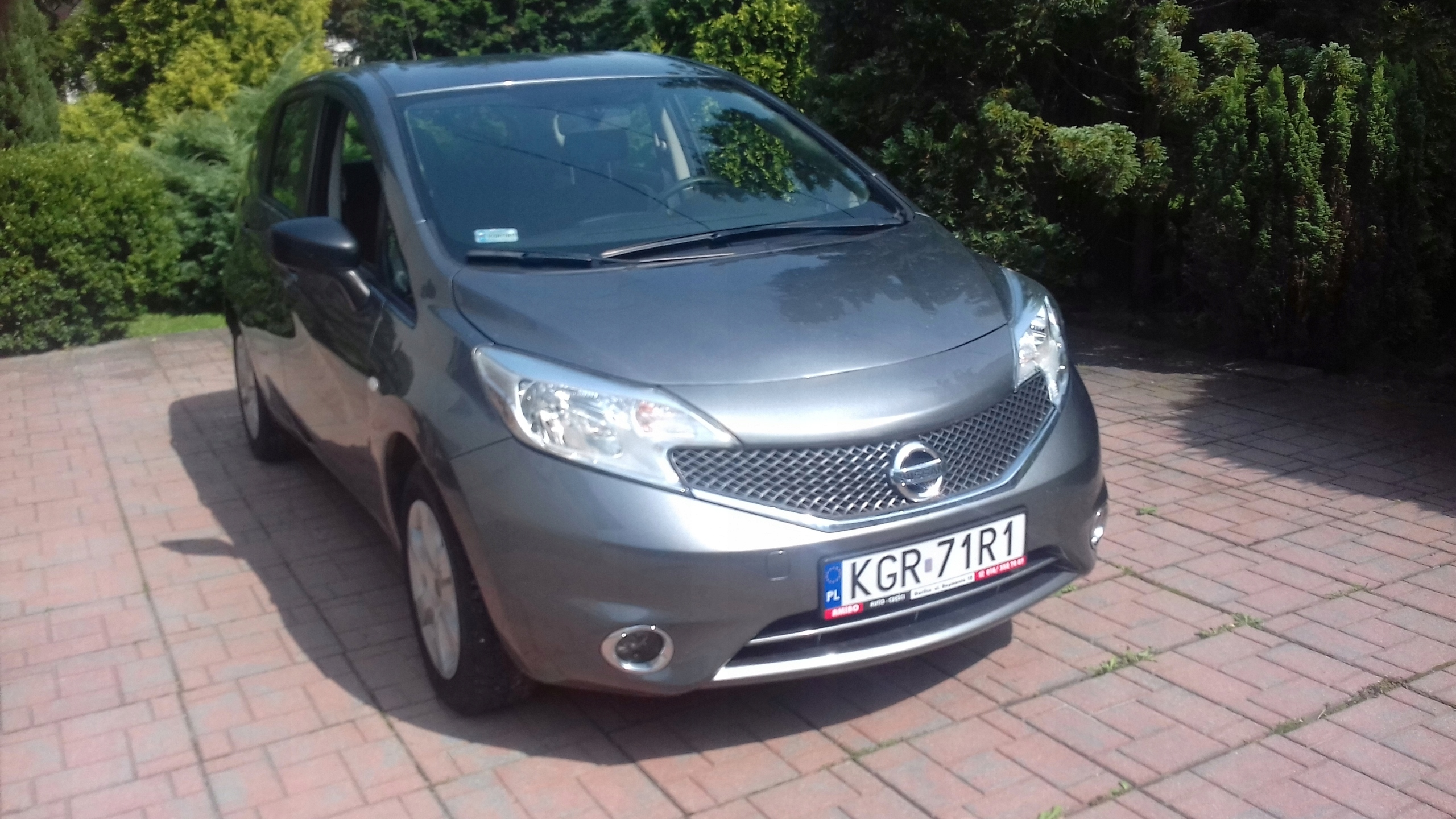 Nissan note 2015r