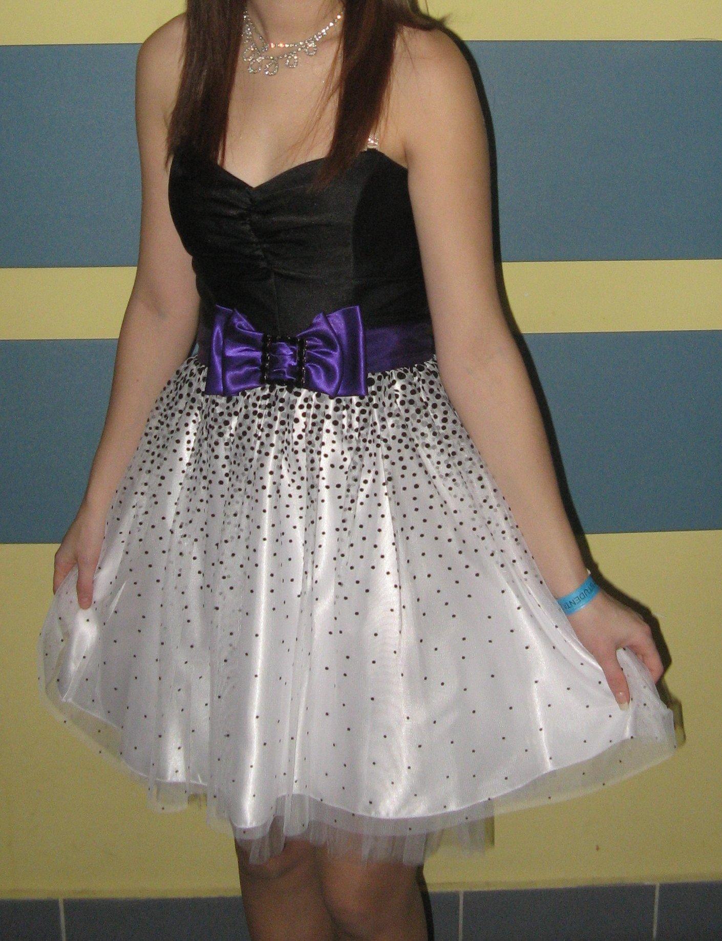 83a119cc62 Piękna rozkloszowana sukienka tiulowa - 6785856765 - oficjalne archiwum  allegro