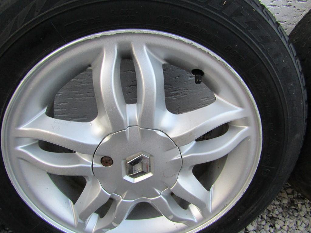 Clio Ii Iii Alufelgi Felgi Aluminiowe 15 4x100 6786721284