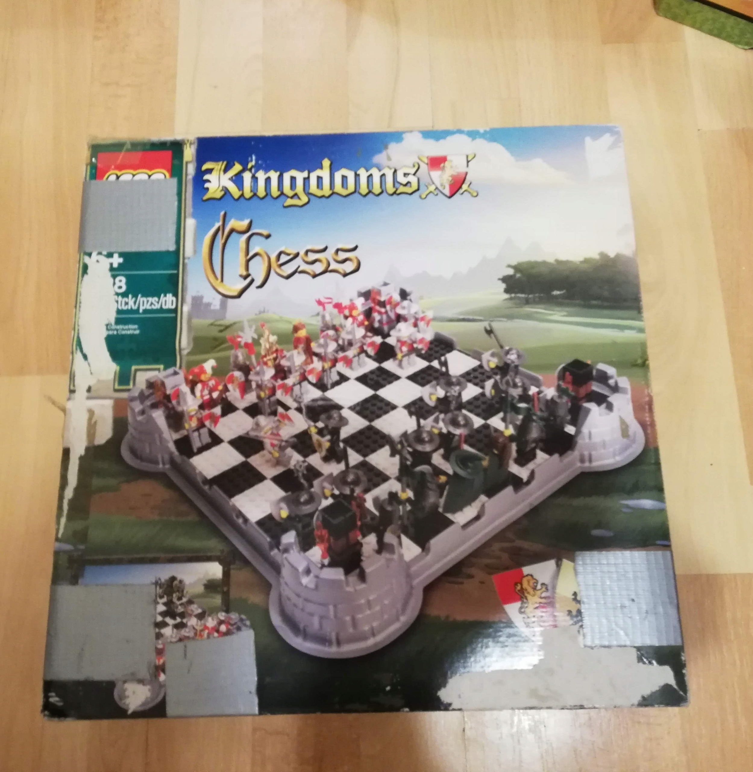 Lego Szachy Kingdom Chess 853373
