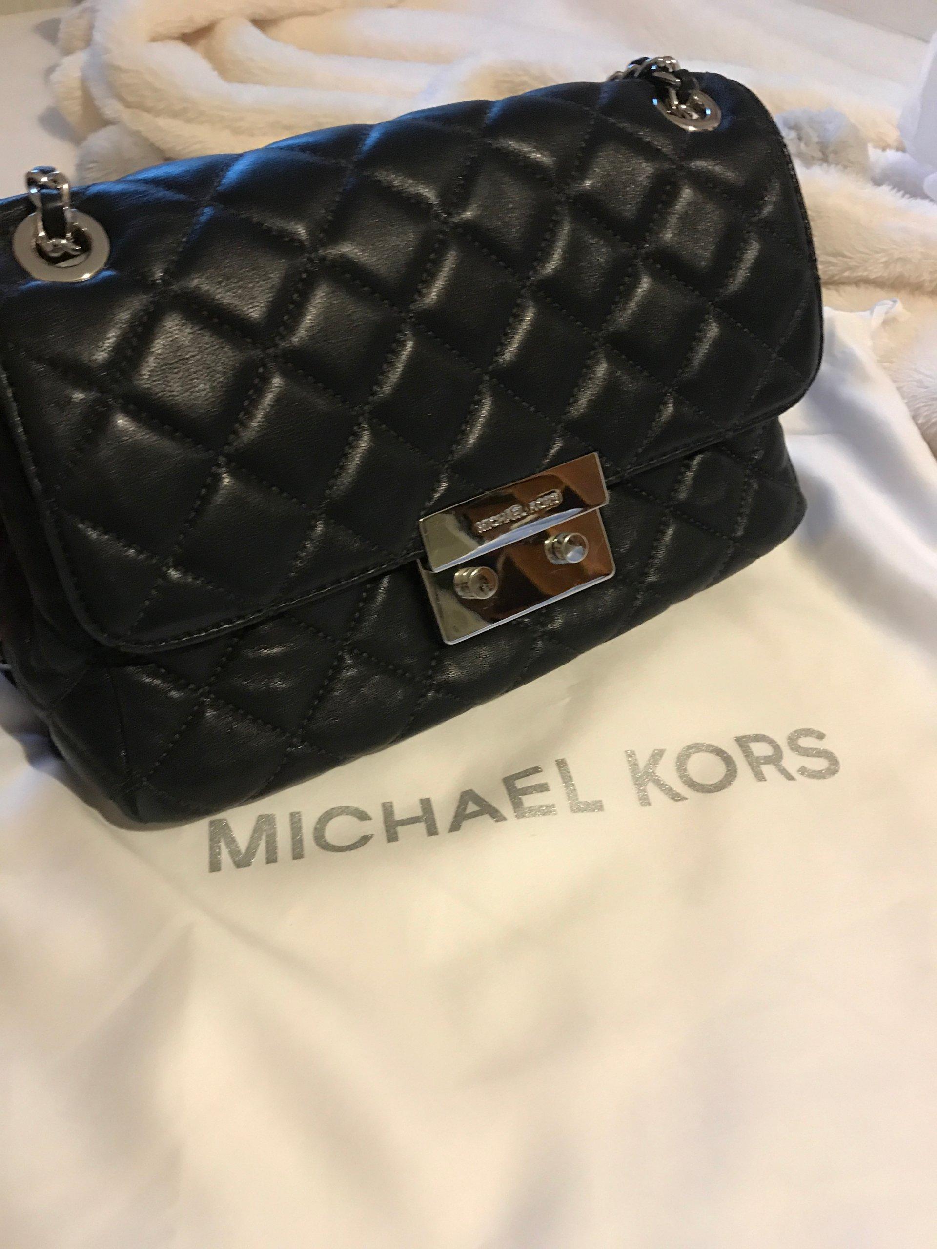 af8c62f373eda MICHAEL KORS MK SLOAN czarna pikowana torebka - 7372942084 ...