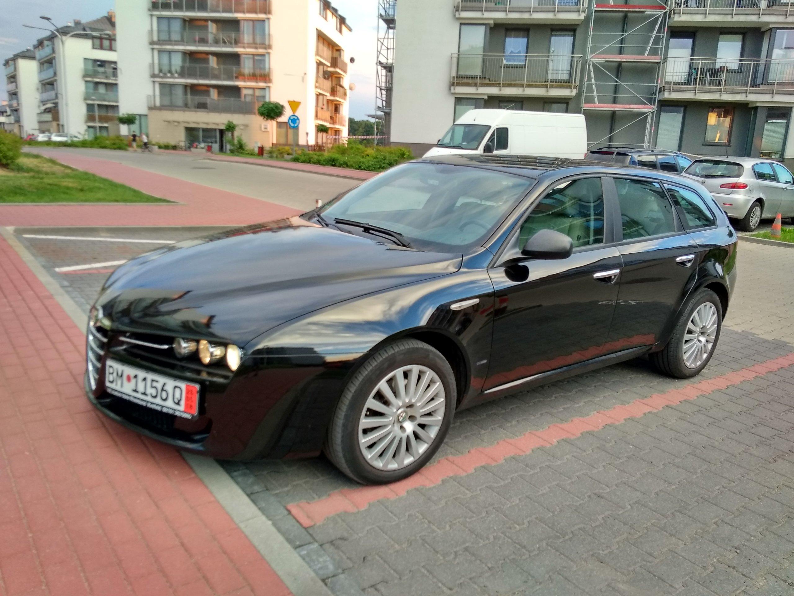 Alfa Romeo 159 SPORTWAGON 1 8 REZERWACJA oficjalne