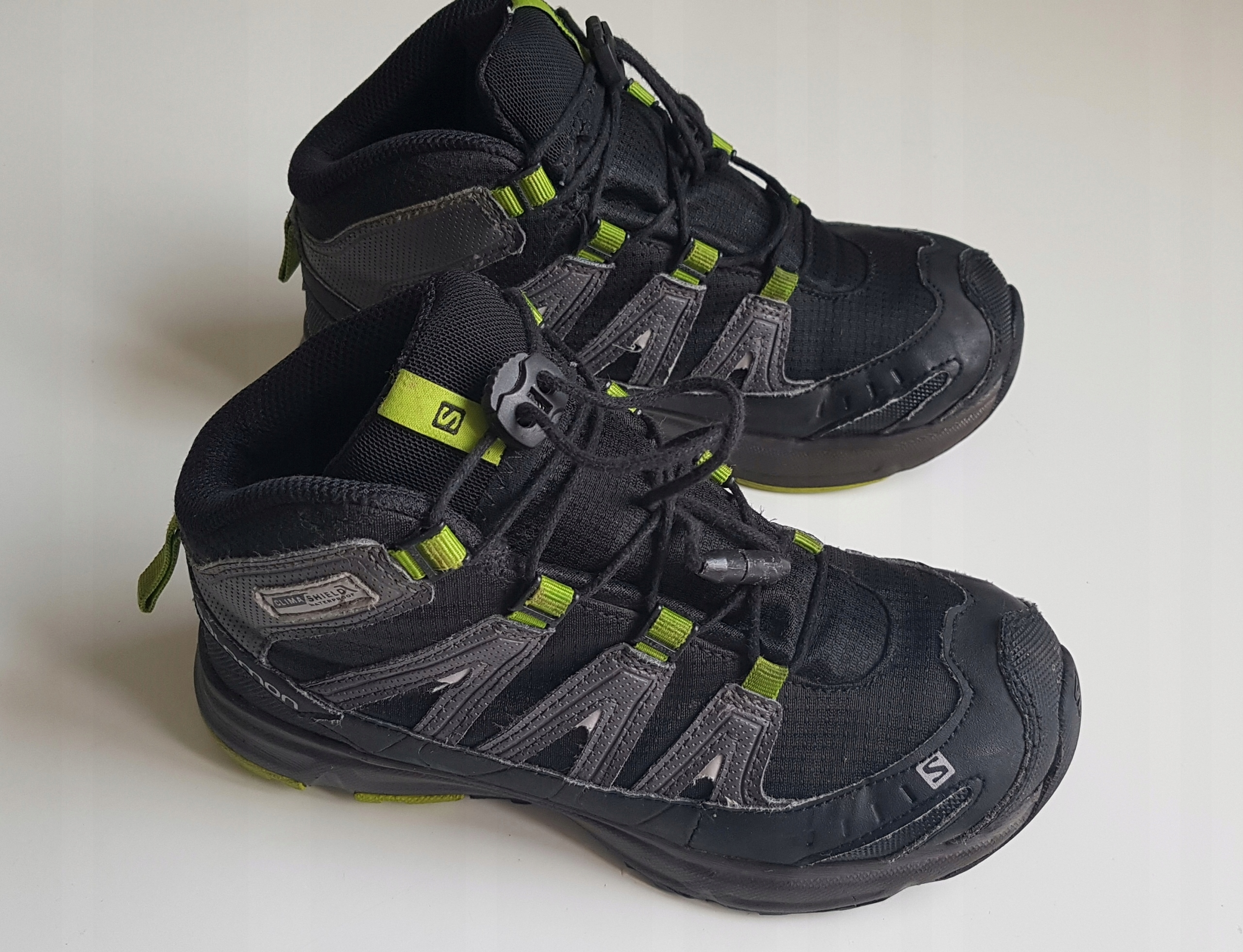 Salomon buty adidasy na jesień stan bardzo dobry r. 31