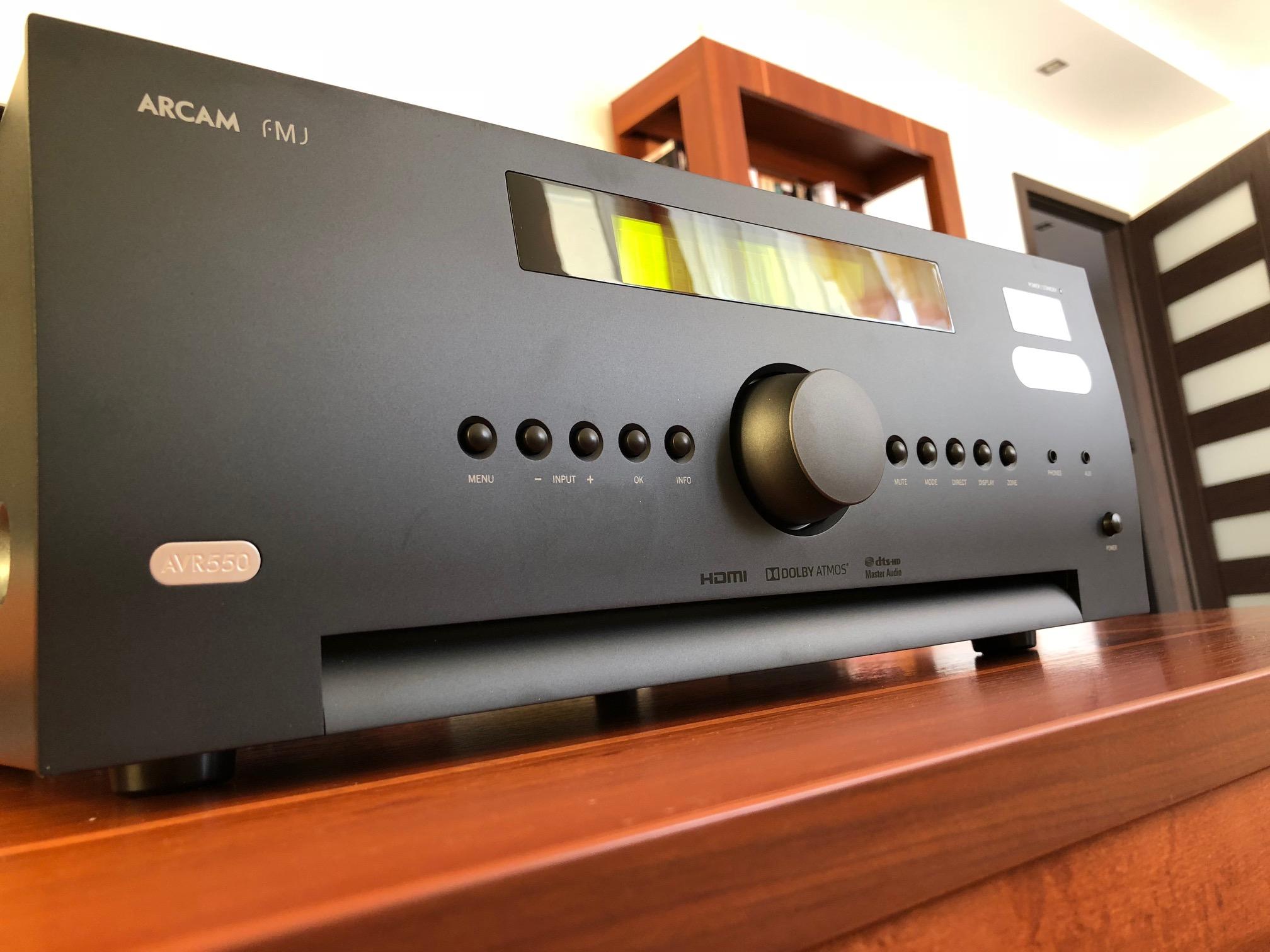 AMPLITUNER HI END ARCAM AVR-550 DOLBY ATMOS DTS X