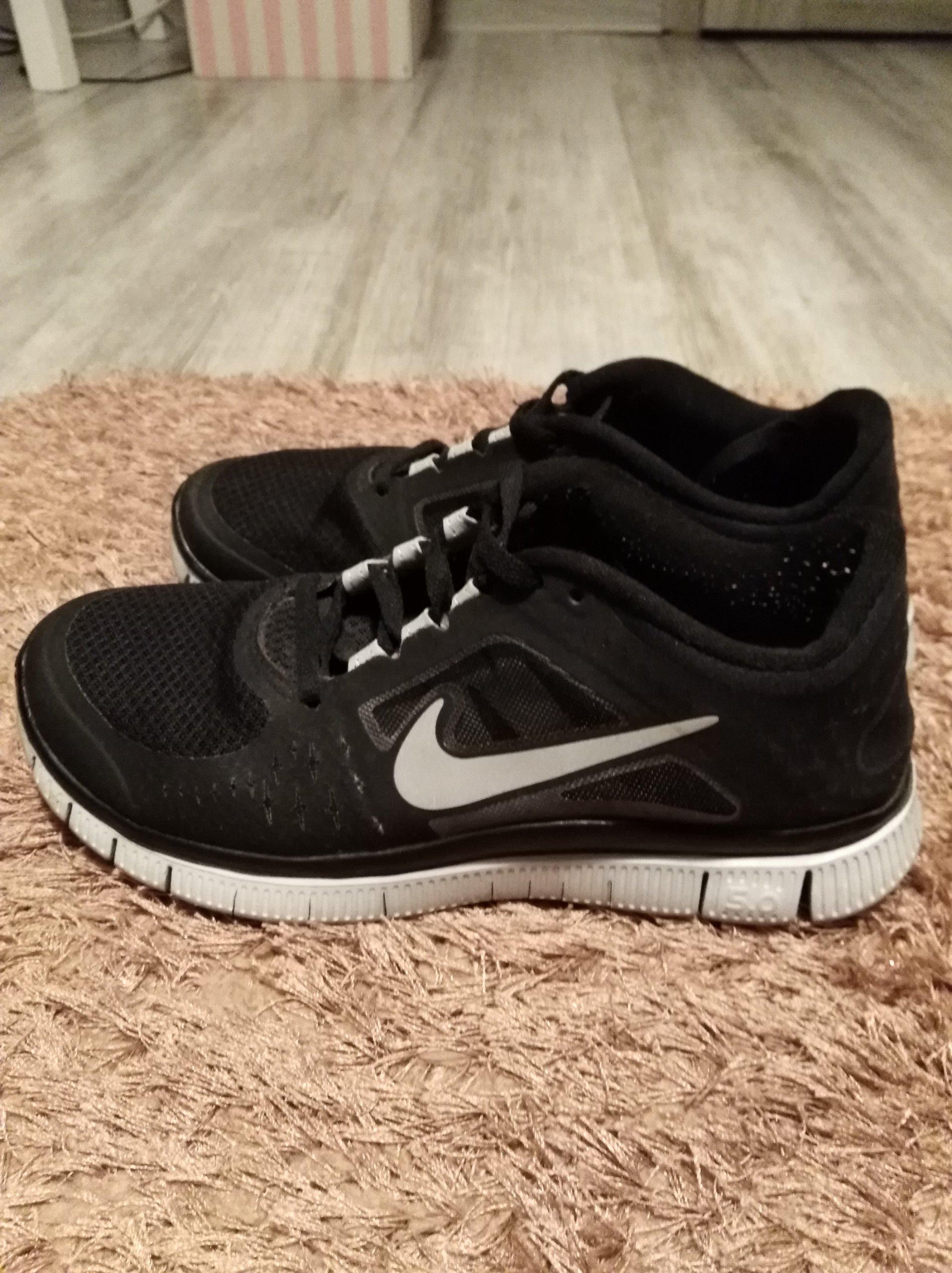 sports shoes e8979 5e251 NIKE FREE RUN 3 CZARNO BIAŁE JAK NOWE - 7115804672 - oficjalne ...