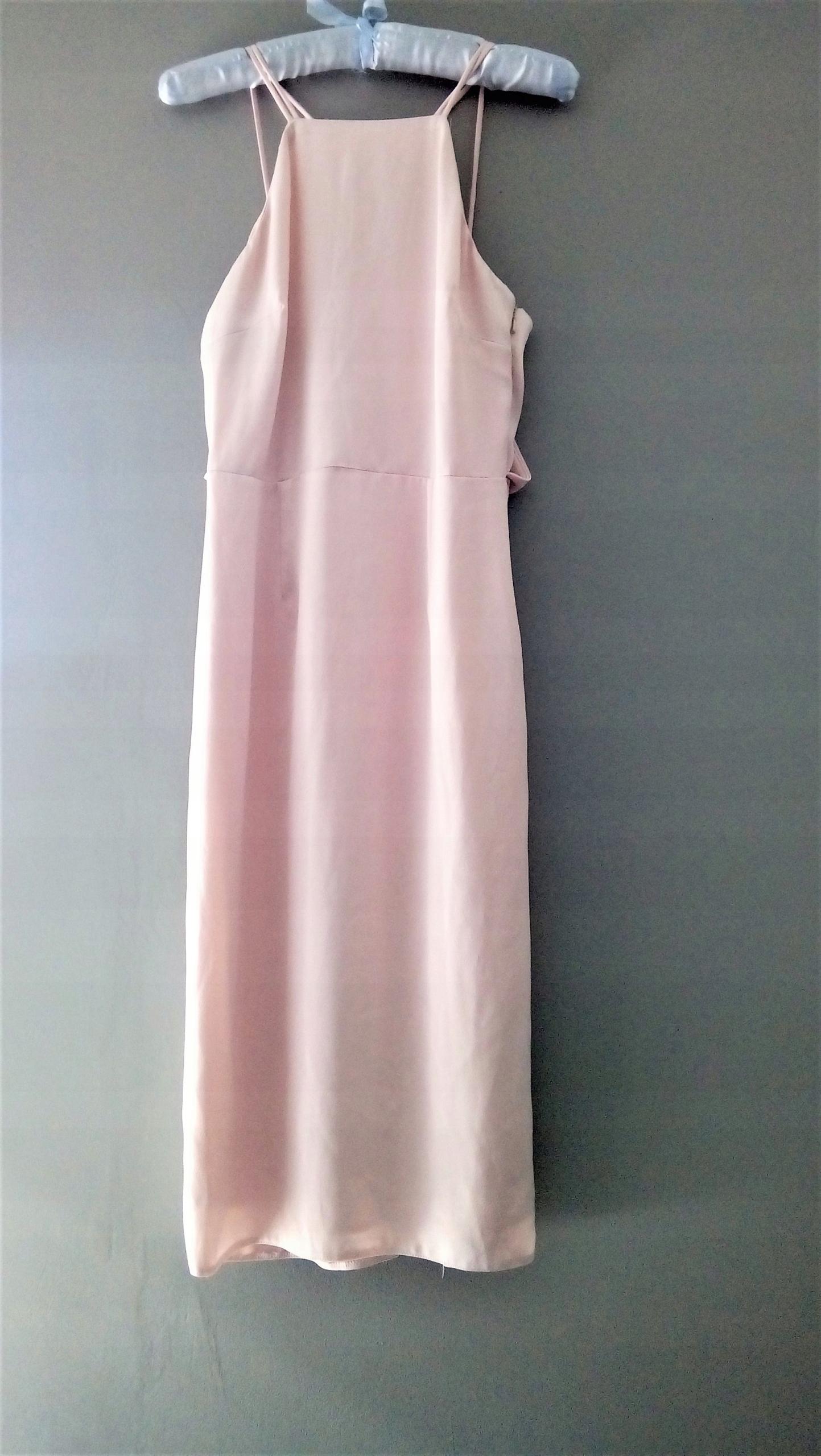 b08a7e8cf2 Sukienka wieczorowa piękna ASOS pudrowy róż - 7542412604 - oficjalne ...