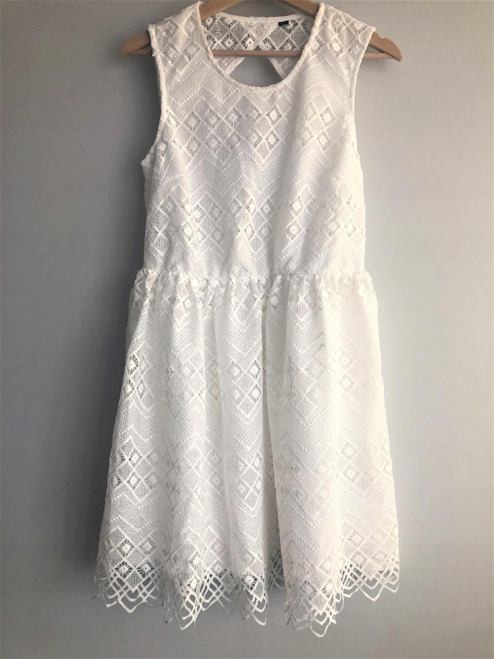 61ed1694da sukienka biała koronkowa nowa M 38 koronka hm - 7584917353 ...