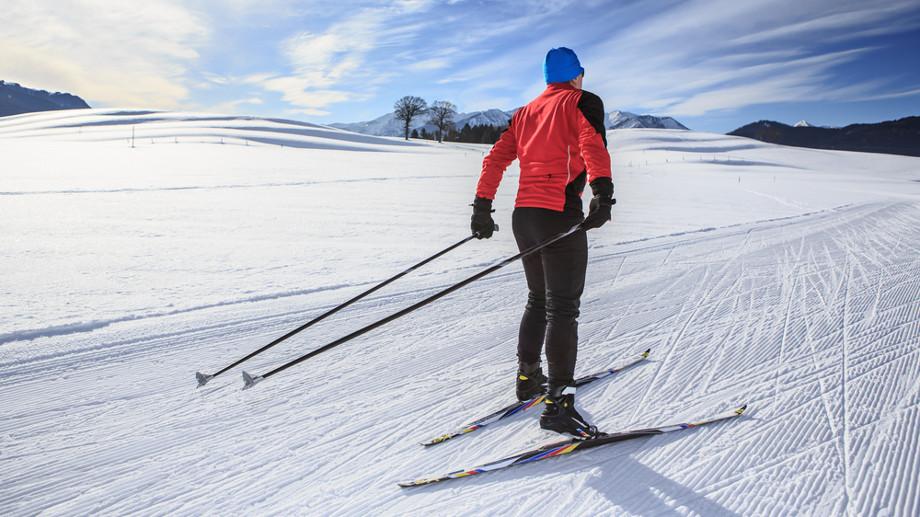 Różnice między nartami biegowymi do stylu łyżwowego i klasycznego