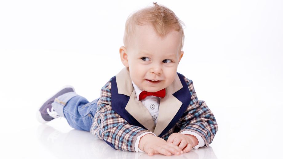 Dżentelmen od dziecka. Marynarki dla najmniejszych chłopców