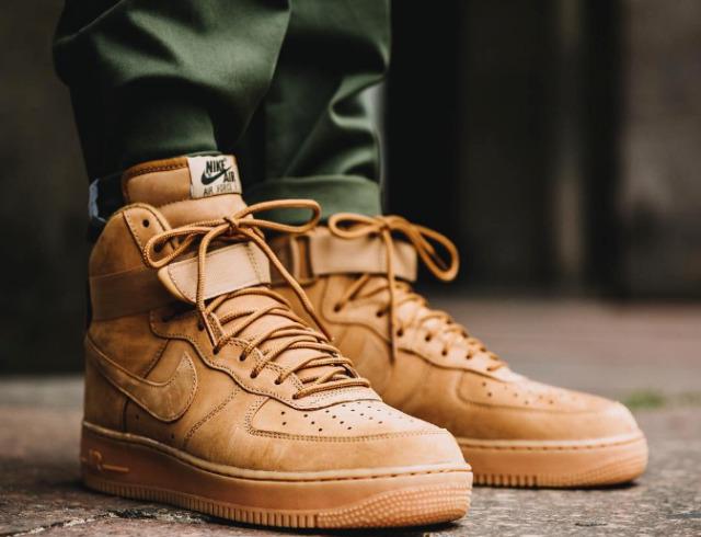 Nike Air Force 1 High 07 LV8 Flax