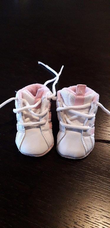 Buciki niemowlęce, niechodki, adidas, dziewczynka