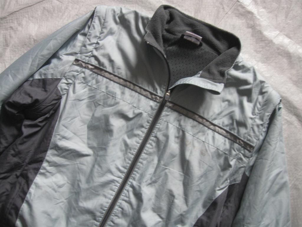 sprtowa kurtka przeciwdeszczowa rozmiar 46
