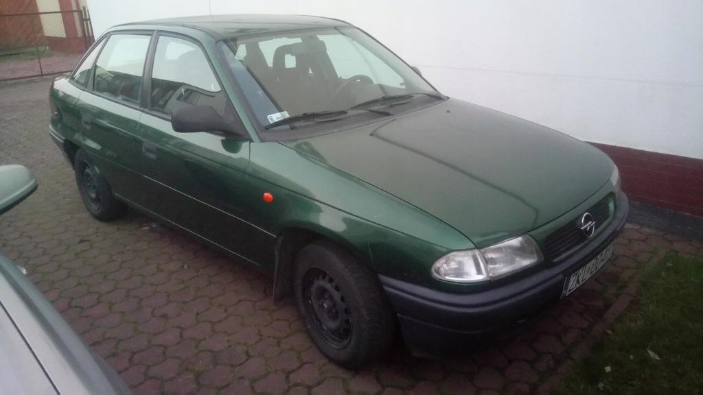 Opel Astra F Sedan Sprzedam 7737904129 Oficjalne Archiwum Allegro
