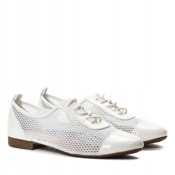 Białe, lakierowane półbuty buty damskie