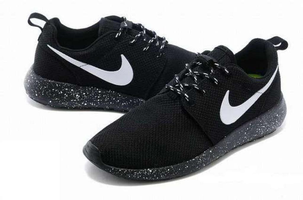 Buty Nike Roshe Run Oreo Galaxy Roz 39 Pl 7356140666 Oficjalne Archiwum Allegro