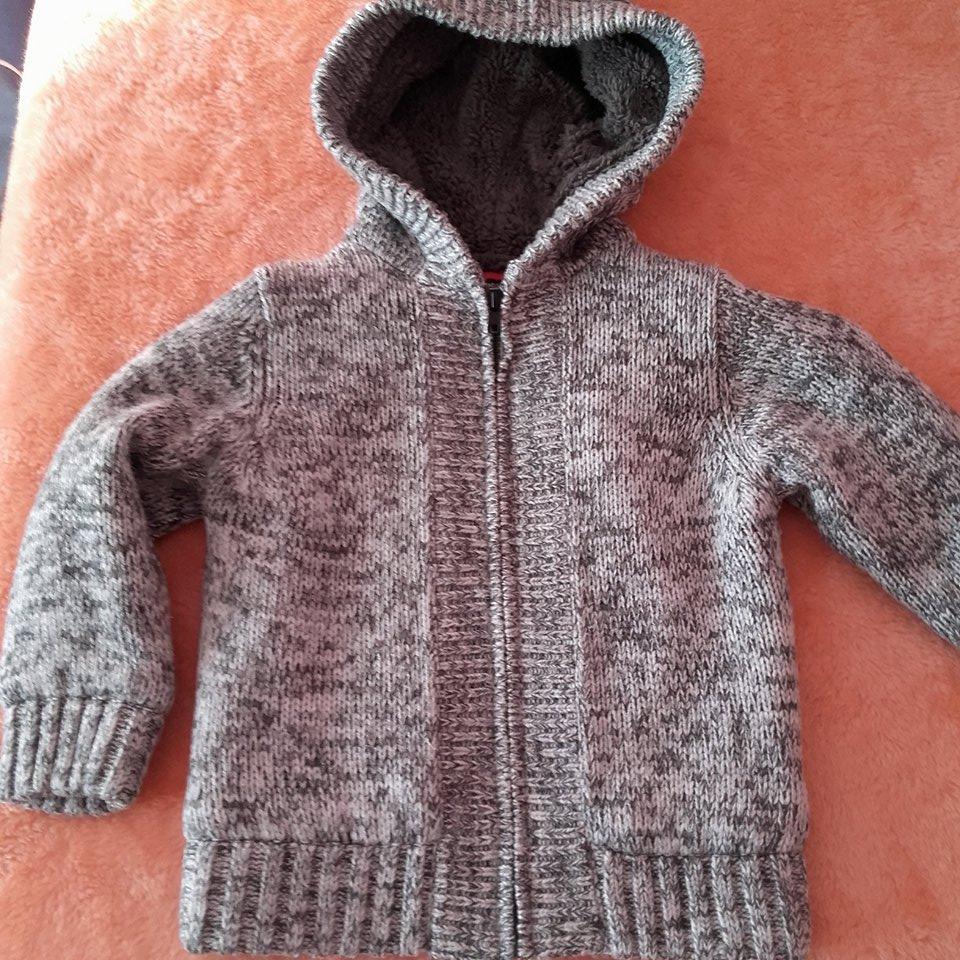 Sweter  Kurtka C&A dla chłopca rozm.104