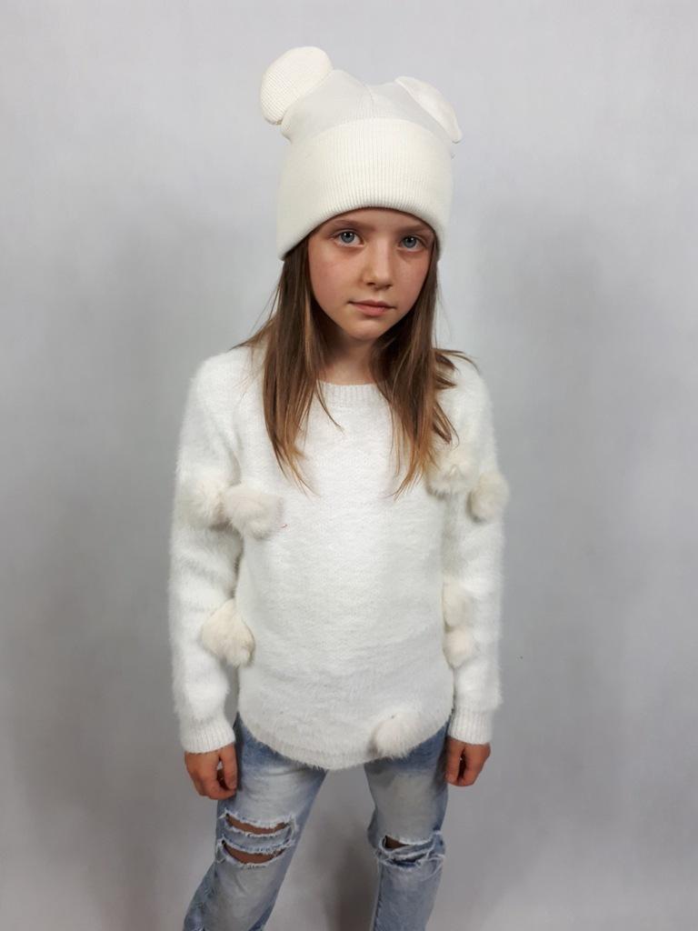 Śliczny sweterek 134cm
