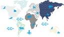 Kolorowa pastelowa mapa świata ze zwierzętami 150