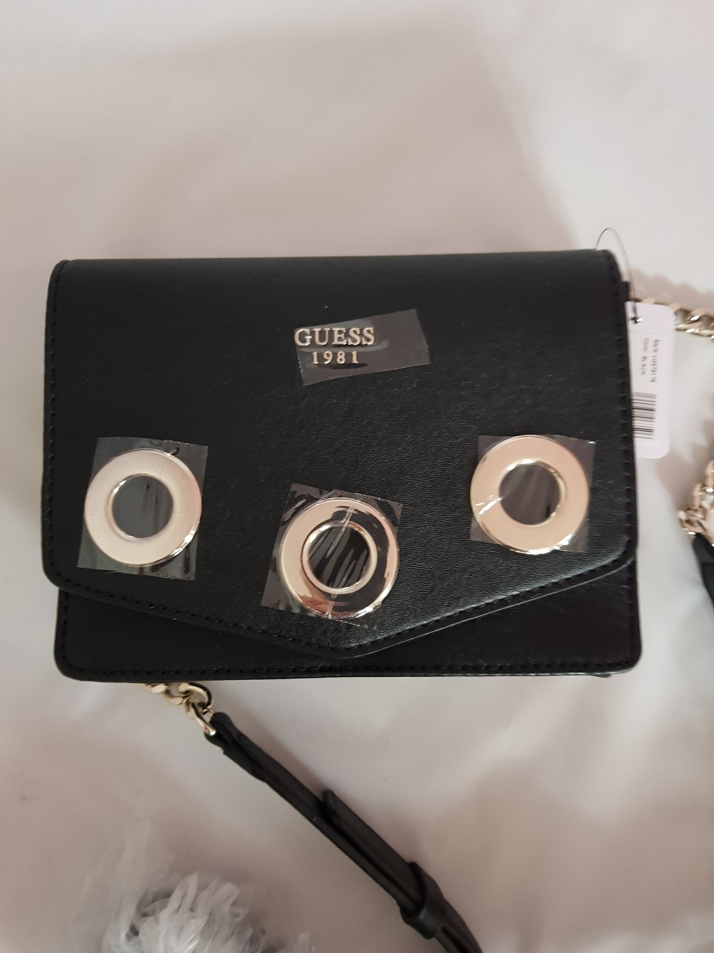 318e84048a873 GUESS torebka Listonoszka Dinah w kolorze czarnym 7128689773 ...