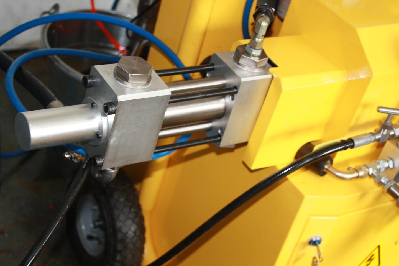 Topnotch Maszyna do natrysku pianki poliuretanowej Sanwerk 7342999777 EW05