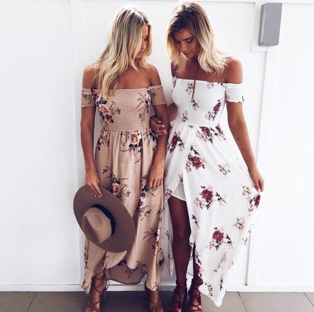 0e70990c8d Sukienka cieszy się olbrzymią popularnością i sprzedawana jest w  rekordowych ilościach głównie na rynki południowoeuropejskie