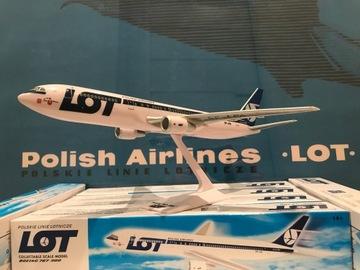 Модель самолета BOEING 767-300 АВИАКОМПАНИИ