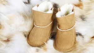 926a9da332 Jak wybrać pierwsze buty zimowe dla dziecka